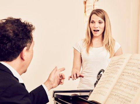 Голосовая терапия при расстройствах вокального голоса